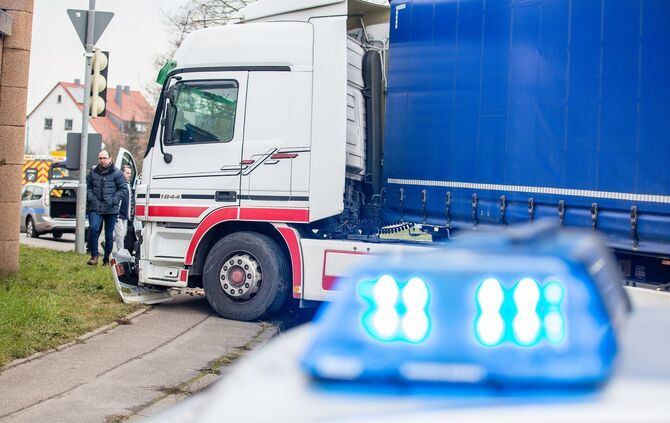 Unfall Remseck 19.02._12