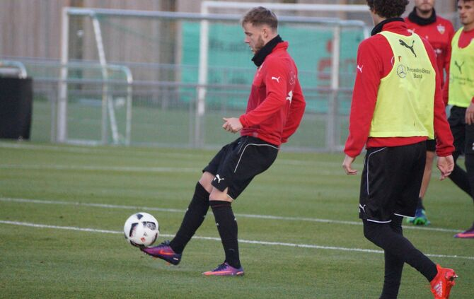 VfB-Training_02.11_12