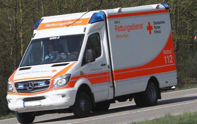 Todlicher Unfall In Schwabisch Hall 20 Jahriger Stirbt Bei Frontalzusammenstoss Stuttgart Region Zeitungsverlag Waiblingen